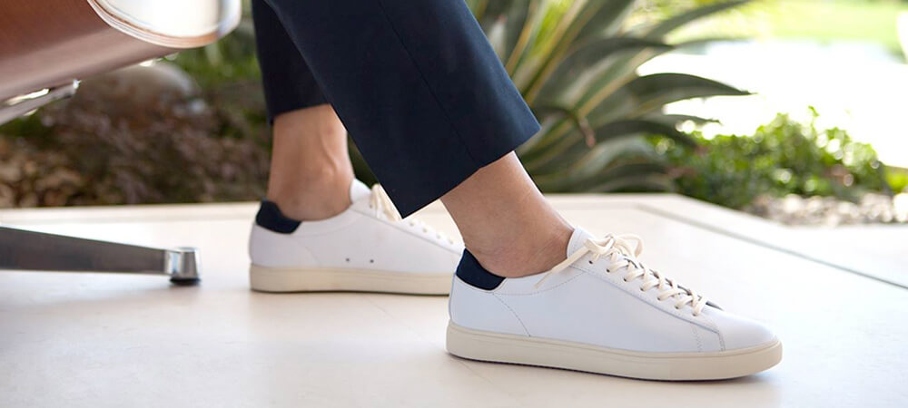 Men sneakers to Wear with a Suit
