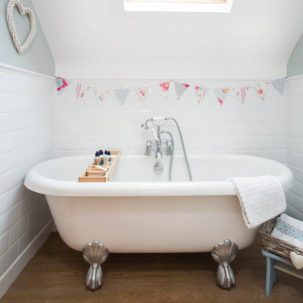 Mini Bathtub