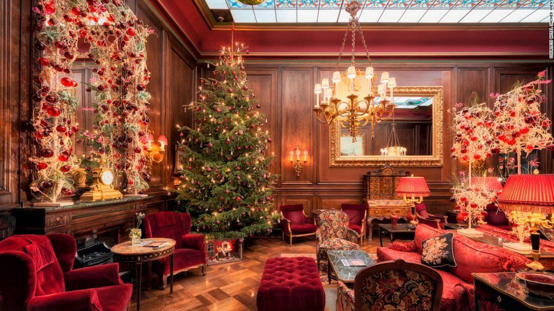Best Ways To Decorate Your Home On Christmas Occasion