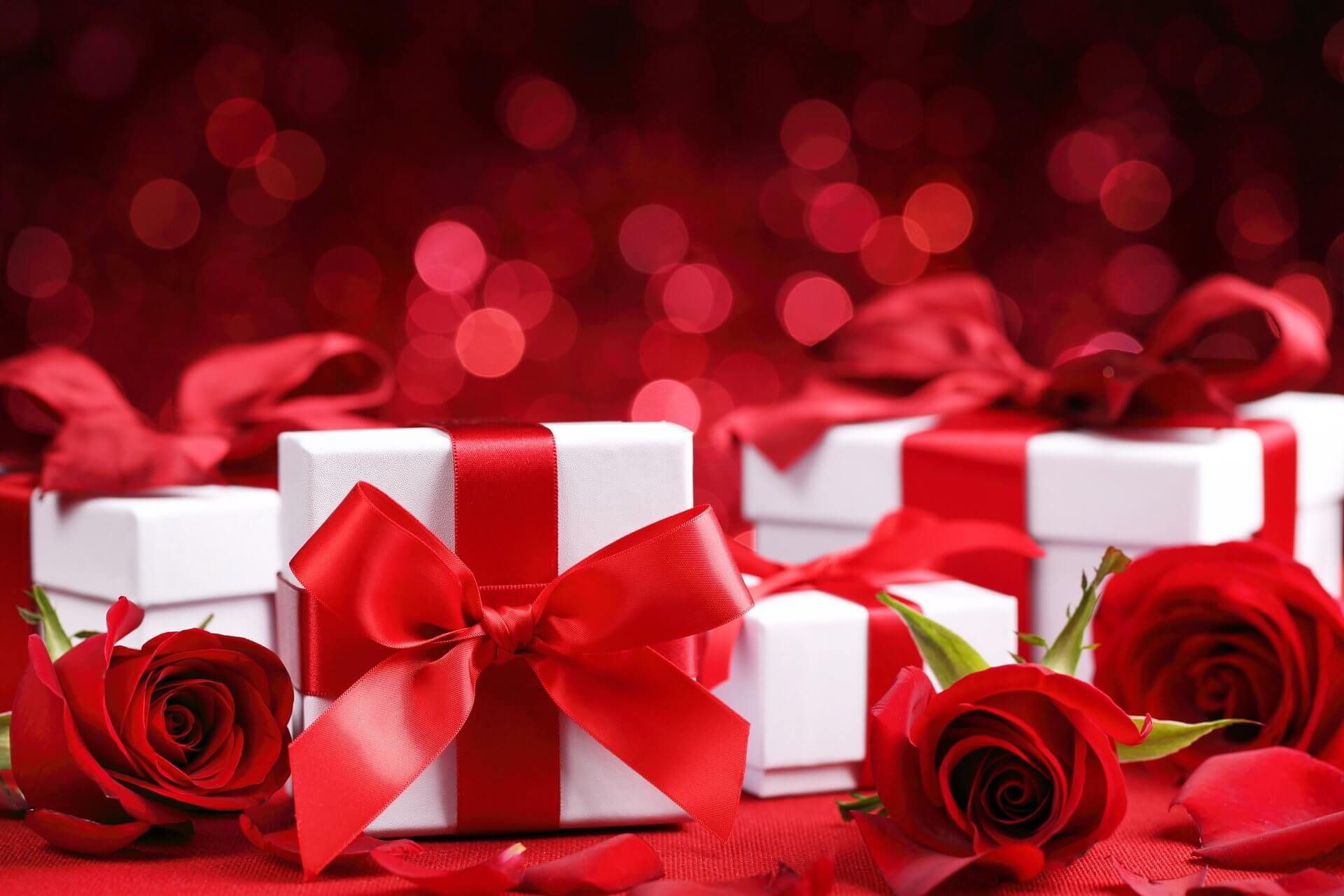 Best Valentine's Day Gifts For Her Or Him
