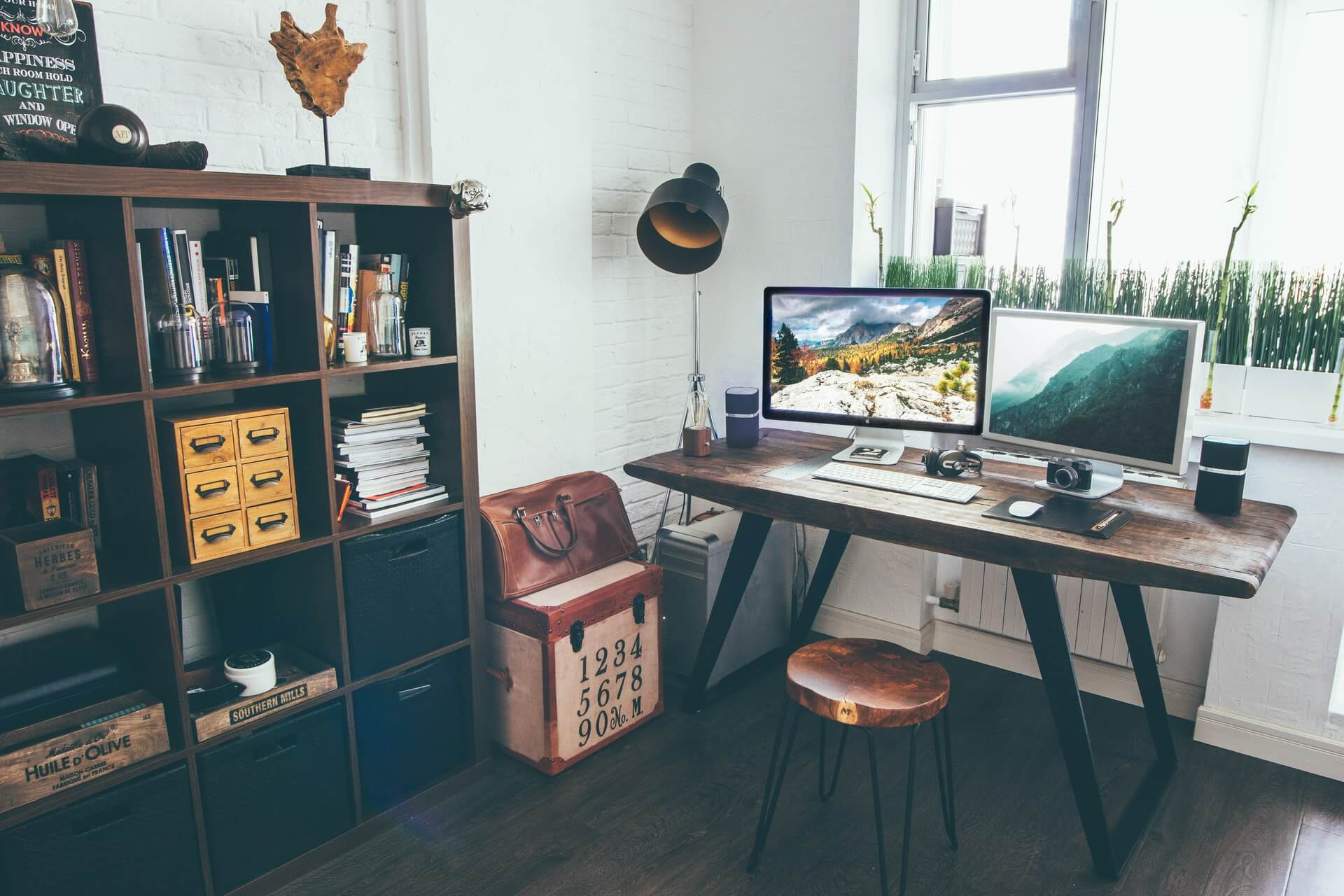 Tips to Set Up Your Home as a Professional Space