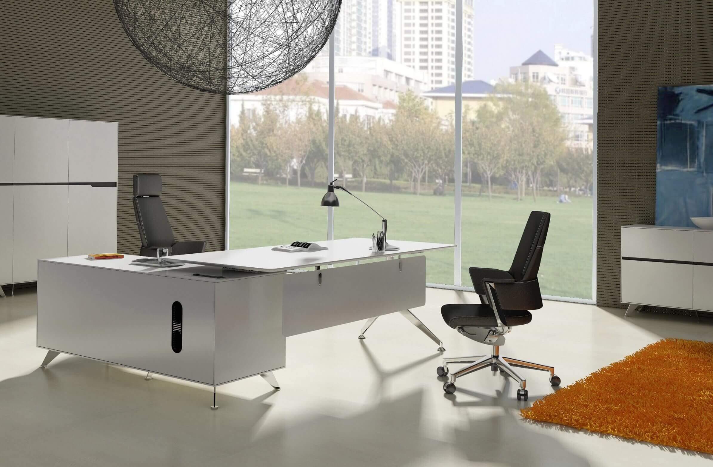 Tips for Choosing the Right Office Desk